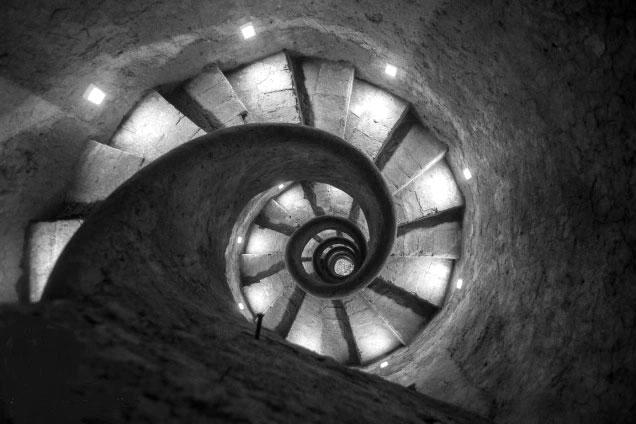 La scala a chiocciola dell 39 acquedotto vergine a trinit - Scale a chiocciola roma ...